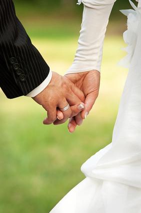 Selbst gestaltete Hochzeitsringe liegen im Trend Foto: Light Impression - Fotolia.de